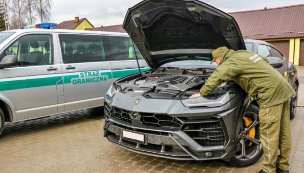 Lamborghini знаходиться в розшуку у Швейцарії.