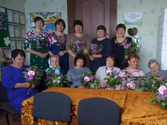 У Бережцях вшанували матерів воїнів АТО