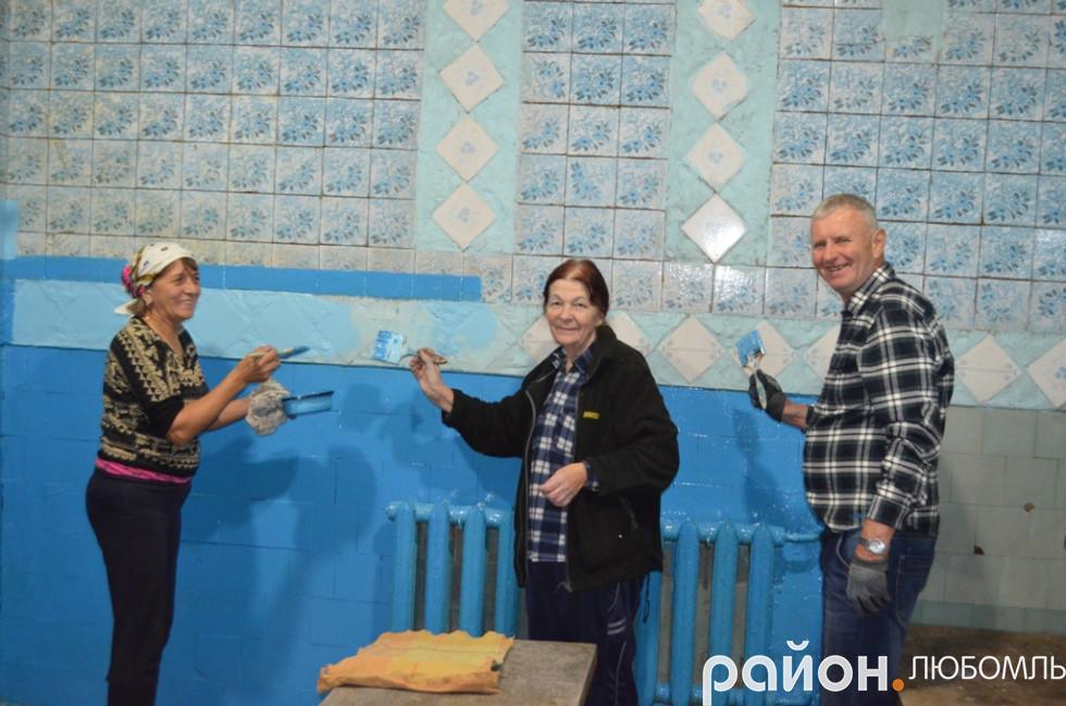 Відвідувачі готуються до сезону – роблять косметичний ремонт