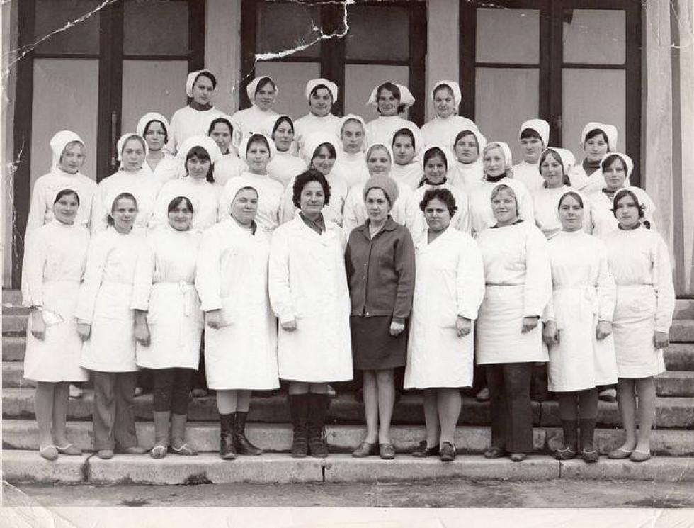 фото випускниць училища кін.60-першої половини 70 років ХХ століття