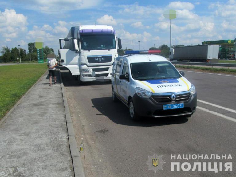 На Любомльщині п'яний водій пропонував хабар патрульним