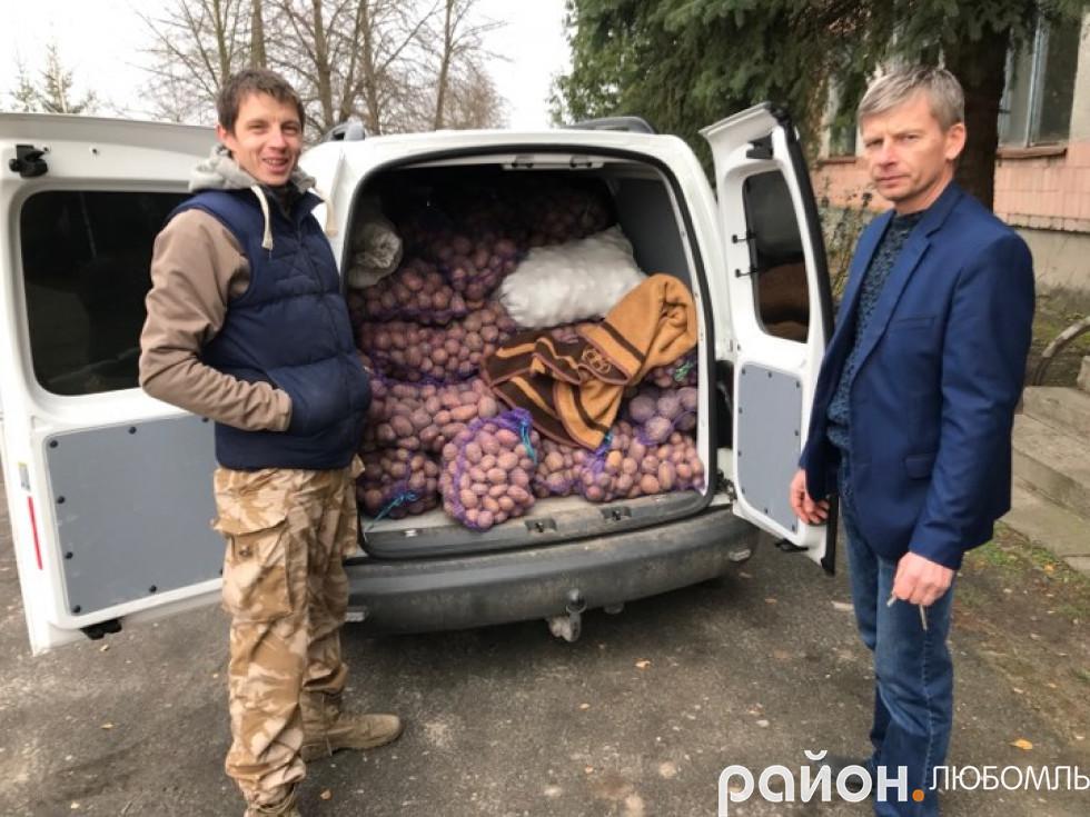Уже вдруге майже повний бус продуктів зібрали жителі Штунської сільради.