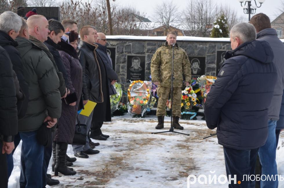 ійськовий комісар районного комісаріату, підполковник Збройних сил України Роман Гузь.