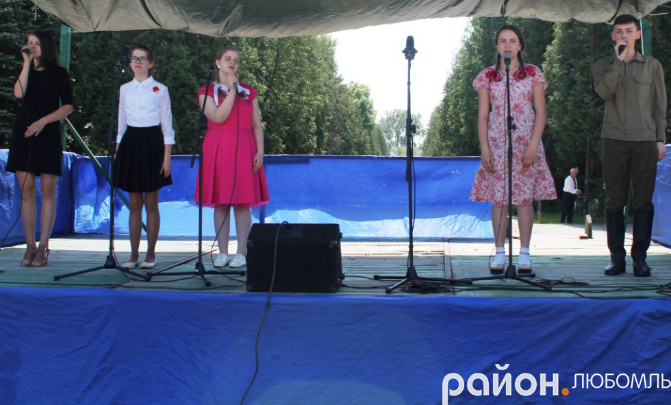 Вихованці вокального гуртка «Перлинка».