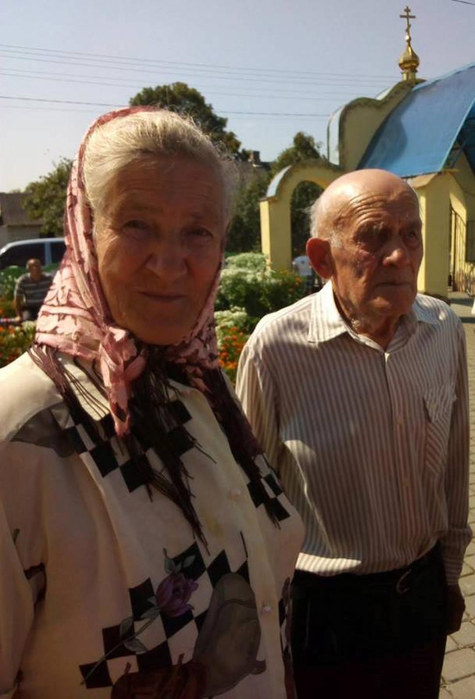 Подружжя Івана та Марії Кравчуків уже 65 літ у парі.