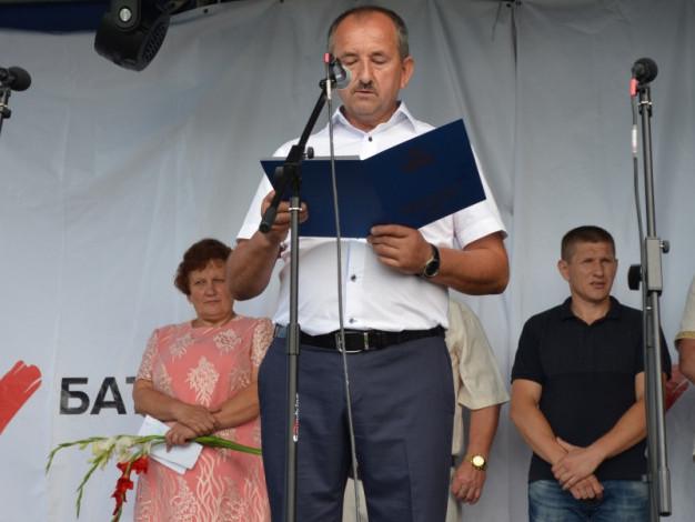 Представник Волинської митниці привітав Вишівську громаду.