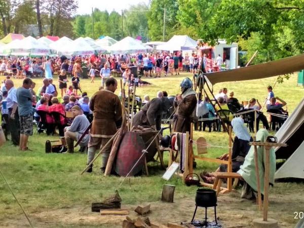 Фестиваль найстарішого дуба в Польщі.
