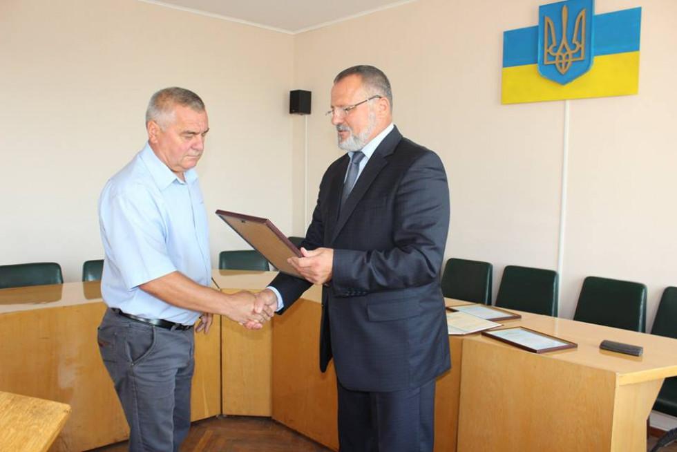 Подякою нагороджено голову фермерського господарства «ЮЛКА» Олександра Ляшука.