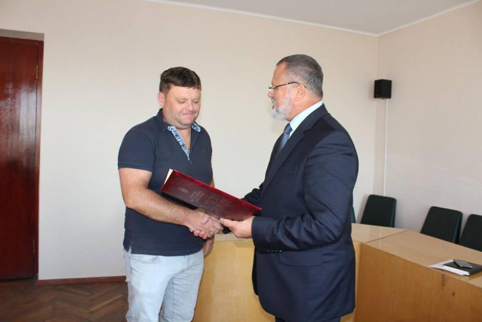 Почесною грамотою нагороджено підприємця Віктора Козел.