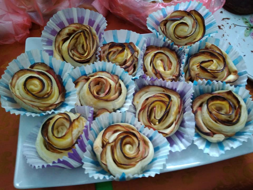 У Вишнівській школі влаштували благодійний солодкий ярмарок