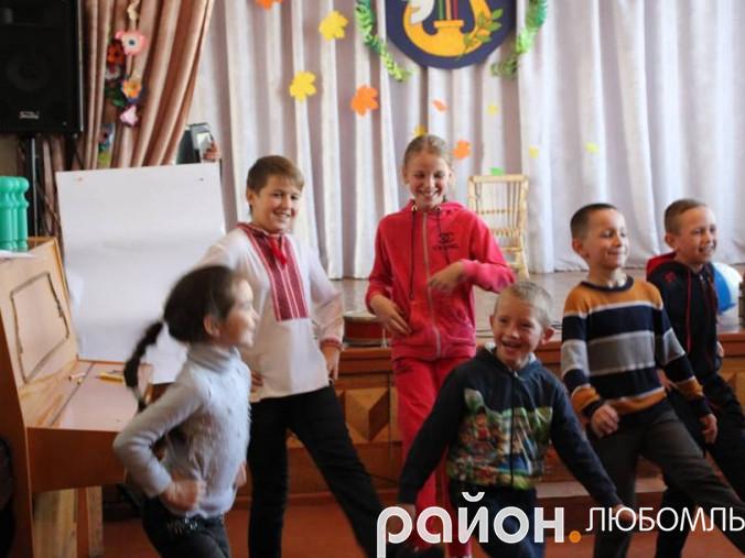 У Будинку школяра провели «Козацькі розваги»