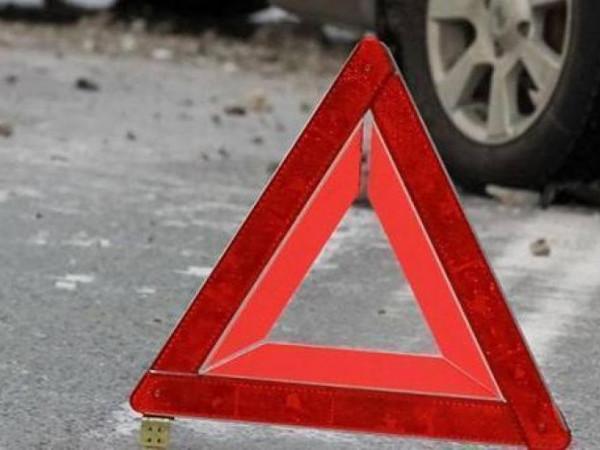 Біля Ягодина авто насмерть збило пішохода