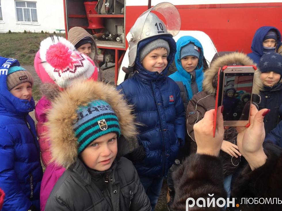 Рятувальники у Любомльській школі №2