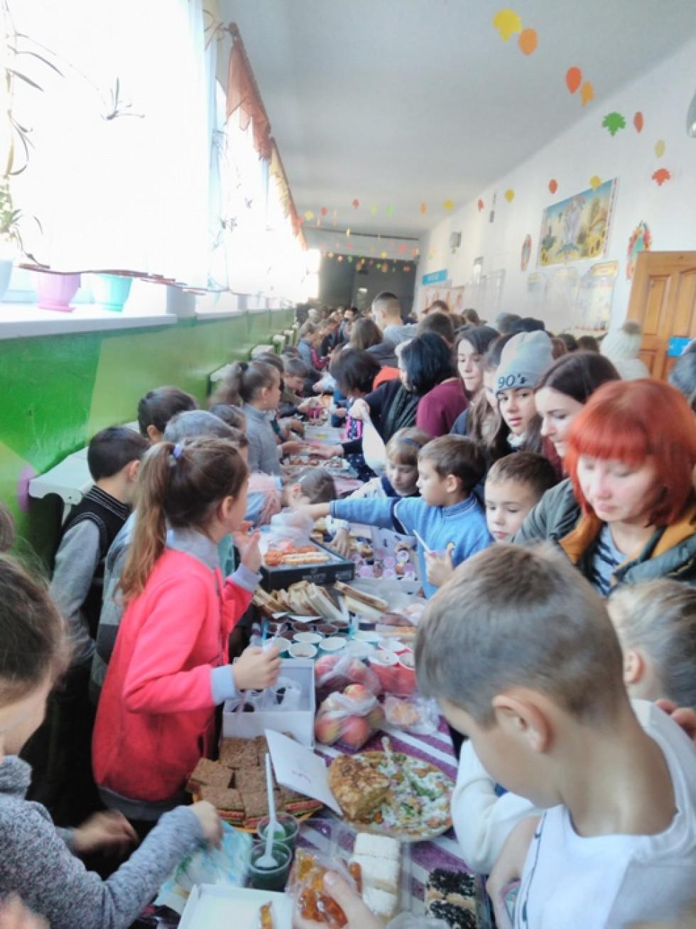 Благодійний ярмарок у Любомлі