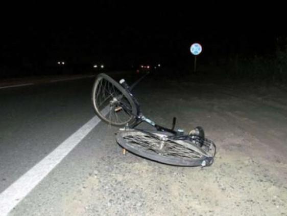 На Прикарпатті іномарка збила велосипедистку