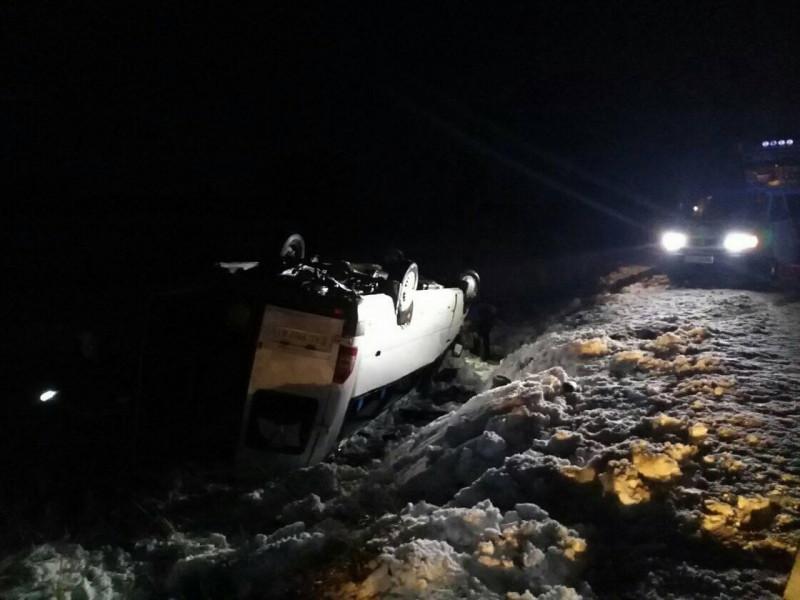 Біля Чмикоса з дороги злетіла маршрутка