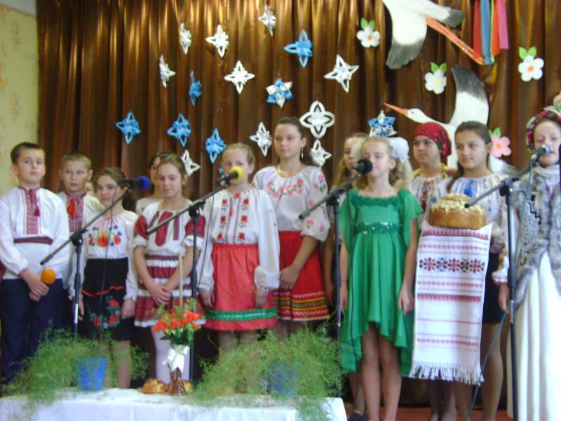 Вихованці Городненської школи весну зустрічали