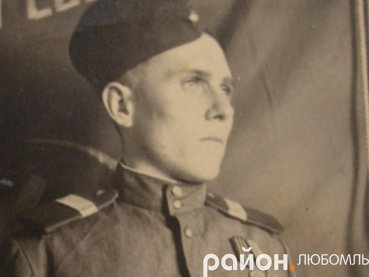 Андрій Олексійович у 1949 році.