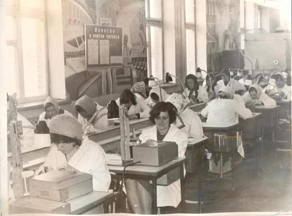 Працівники Любомльського заводу «Світязь»