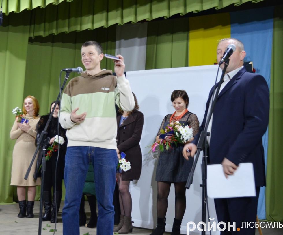 Олександр Положевець не отримував зарплати, та їздив на передову, як на роботу.